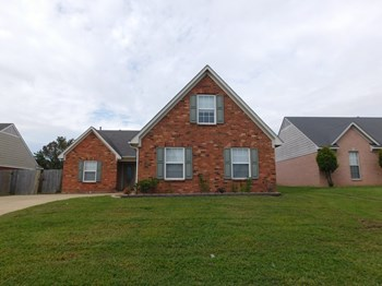 6677 Kentbrook Dr 4 Beds House for Rent Photo Gallery 1