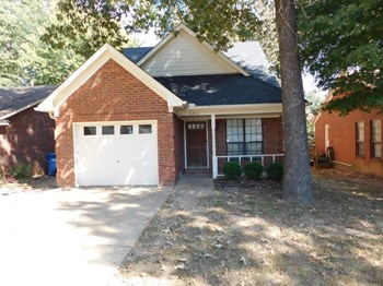 6816 Maury Dr 3 Beds House for Rent Photo Gallery 1