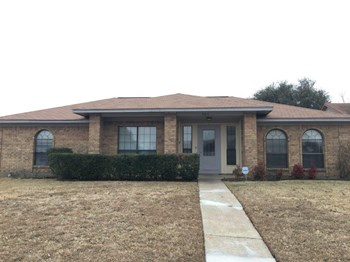 904 Hunters Glen Dr 4 Beds House for Rent Photo Gallery 1