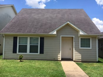 6313 Settlers Square Ln 3 Beds House for Rent Photo Gallery 1