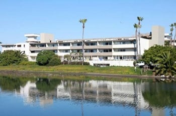 6200 Vista Del Mar 2 Beds Apartment for Rent Photo Gallery 1