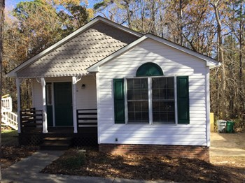 7019 Idlewild Brook Ln 3 Beds House for Rent Photo Gallery 1