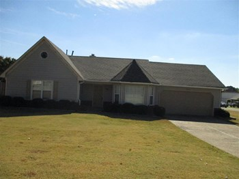 1203 Thames Dr 3 Beds House for Rent Photo Gallery 1