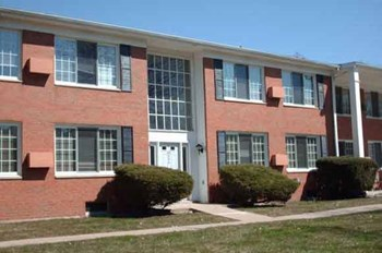 726 E. Main St. 1-2 Beds Apartment for Rent Photo Gallery 1