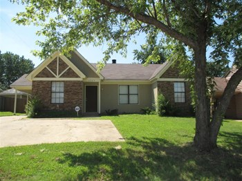 4365 Ross Rd 3 Beds House for Rent Photo Gallery 1