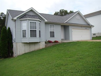 2284 Parkton Way 3 Beds House for Rent Photo Gallery 1