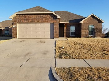 260 Edison Ln 3 Beds House for Rent Photo Gallery 1
