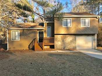 6300 Beaver Creek Trail 3 Beds House for Rent Photo Gallery 1