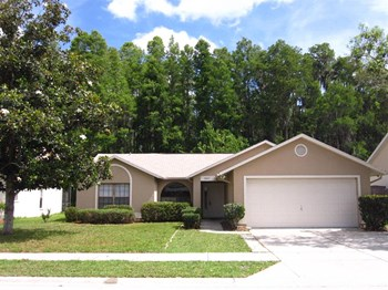 8247 Royal Hart Dr 3 Beds House for Rent Photo Gallery 1