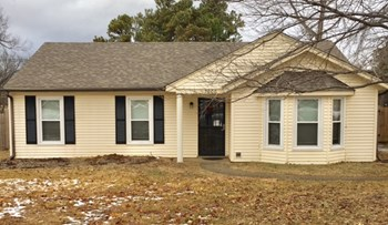 7900 Rochelle Rd 3 Beds House for Rent Photo Gallery 1