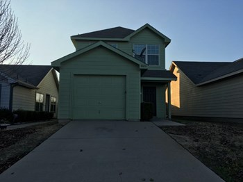 10636 Many Oaks Dr 3 Beds House for Rent Photo Gallery 1