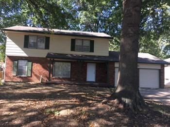 3908 S Summit Ridge Dr 4 Beds House for Rent Photo Gallery 1