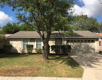 7531 Lago Frio Dr 3 Beds House for Rent Photo Gallery 1