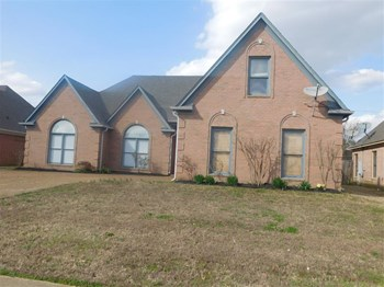 9224 Chimneyrock Blvd 4 Beds House for Rent Photo Gallery 1