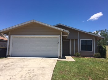 8143 Fort Chiswell Trail 3 Beds House for Rent Photo Gallery 1