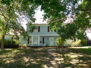 165 Pecan Valley St 5 Beds House for Rent Photo Gallery 1