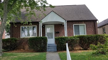 662 Wrexham Ave 3 Beds House for Rent Photo Gallery 1