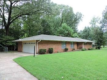 3820 Lakehurst Drive Memphis, TN 38128 3 Beds House for Rent Photo Gallery 1