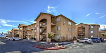 711 E Nelson Ave 1-3 Beds Apartment for Rent Photo Gallery 1