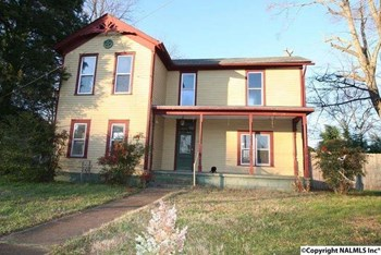 1224 Grant St 4 Beds House for Rent Photo Gallery 1