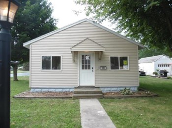 528 E Ohio St 3 Beds House for Rent Photo Gallery 1