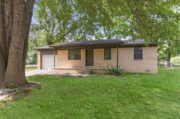 1014 Oneal St 3 Beds House for Rent Photo Gallery 1