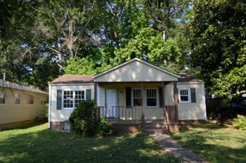 2726 19th St N 3 Beds House for Rent Photo Gallery 1