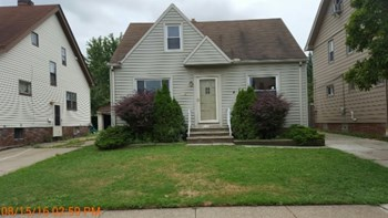 11106 Vernon Ave 3 Beds House for Rent Photo Gallery 1