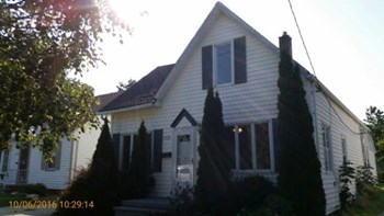 21128 Goller 4 Beds House for Rent Photo Gallery 1