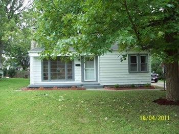 2507 West 11th St West 3 Beds House for Rent Photo Gallery 1