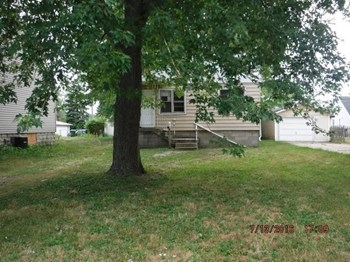 7214 Parrish Ave 3 Beds House for Rent Photo Gallery 1