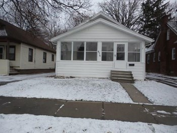 414 N Hayford Ave 3 Beds House for Rent Photo Gallery 1