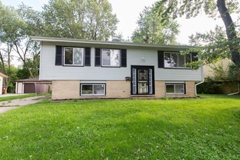 217 Hickory St 4 Beds House for Rent Photo Gallery 1