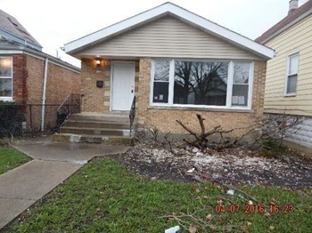 1469 West 73rd Street 3 Beds House for Rent Photo Gallery 1