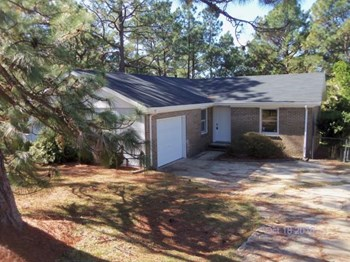 4407 Golden Rd 3 Beds House for Rent Photo Gallery 1