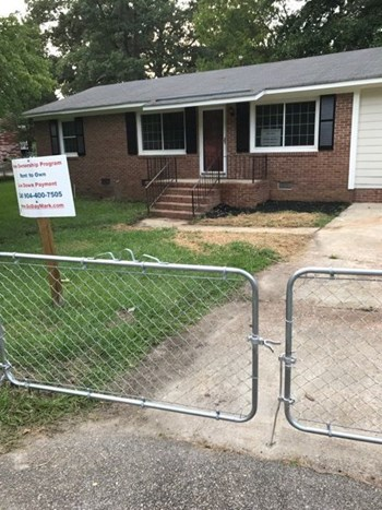 1708 Cermack St 3 Beds House for Rent Photo Gallery 1