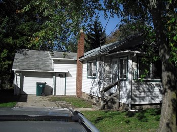 3225 Turner St 3 Beds House for Rent Photo Gallery 1