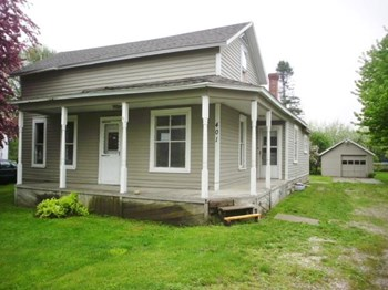 401 Stark St 4 Beds House for Rent Photo Gallery 1