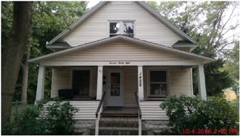 1428 Marquette Ave 4 Beds House for Rent Photo Gallery 1