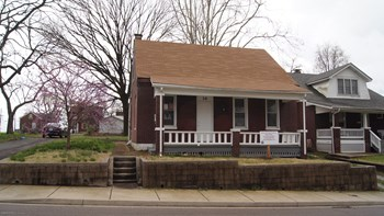 16 S 10th St 3 Beds House for Rent Photo Gallery 1