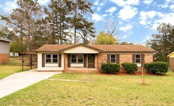 6115 Sabine Drive 3 Beds House for Rent Photo Gallery 1