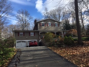 109 Gretna Woods Road 4 Beds Apartment for Rent Photo Gallery 1