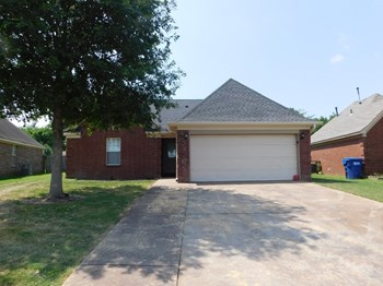 3860 Conrail Circle 3 Beds House for Rent Photo Gallery 1