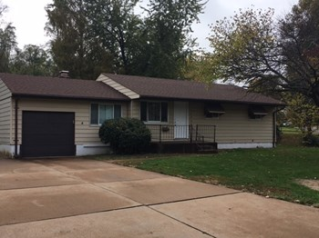 10856 Spring Garden Dr 3 Beds House for Rent Photo Gallery 1