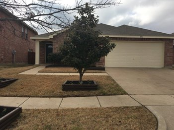 8106 Stowe Springs Ln 3 Beds House for Rent Photo Gallery 1