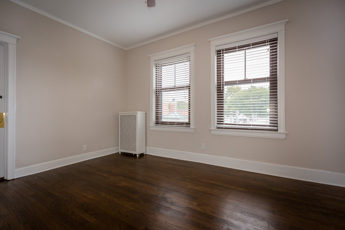renovated three bedroom bedroom renovated hyde park apartment chicago home rent hardwood floors large windows