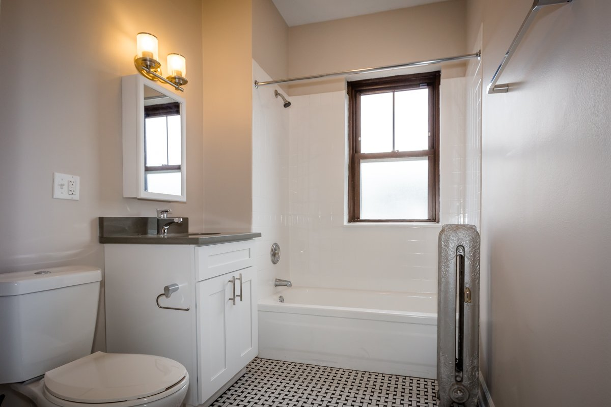 bathroom renovated rent hyde park chicago apartment home remodel