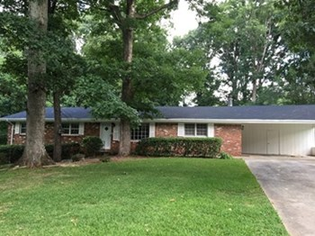 1094 Lanier Dr SW 3 Beds House for Rent Photo Gallery 1