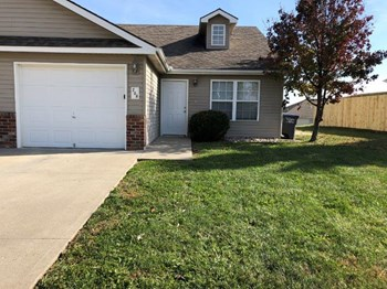 208 Birdie Dr 3 Beds House for Rent Photo Gallery 1