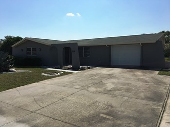 7330 Moravian Dr 3 Beds House for Rent Photo Gallery 1